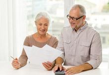 Подписан закон о поэтапном повышении пенсионного возраста для назначения страховой пенсии по старости для государственных гражданских служащих и муниципальных служащих \ Консультант Плюс